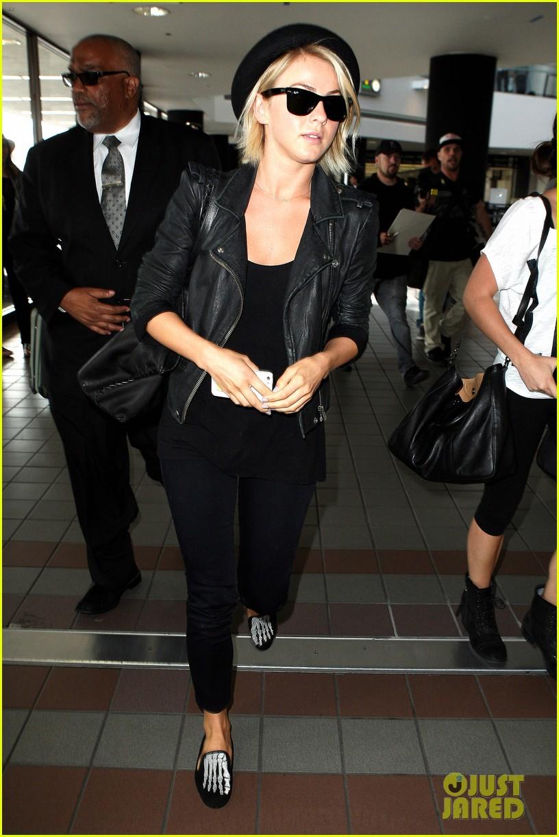 julianne hough skeleton shoes for london flight 082873227