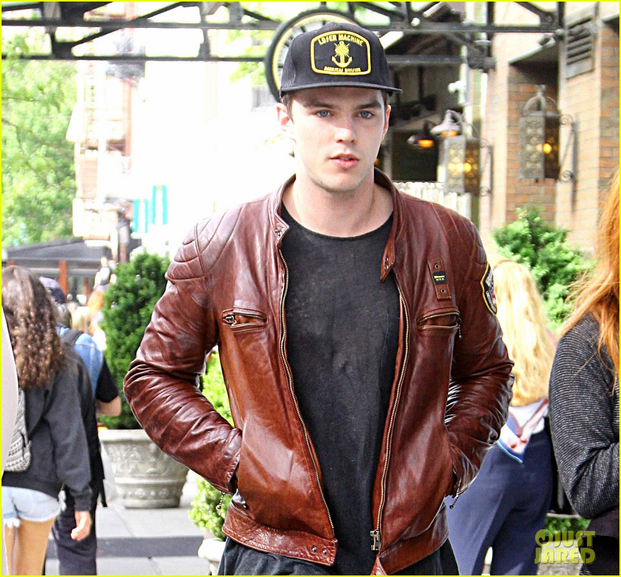 nicholas hoult riley keough stroll in soho 04