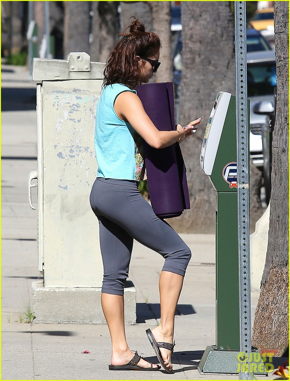 vanessa hudgens love you all for the letters 072862506