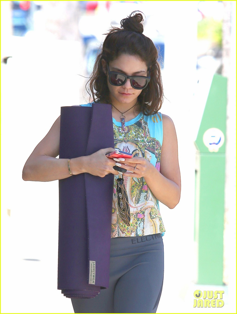 vanessa hudgens love you all for the letters 112862510