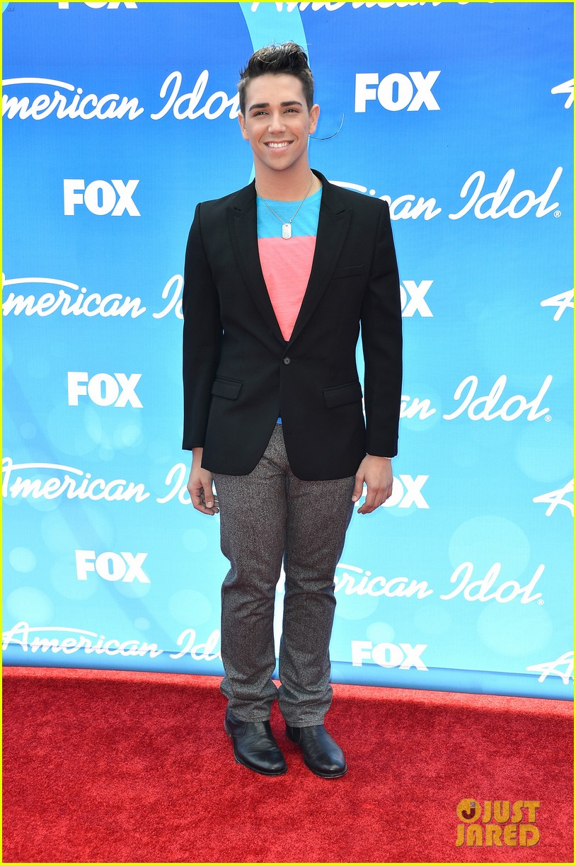 american idol top five guys walk finale red carpet 062871948