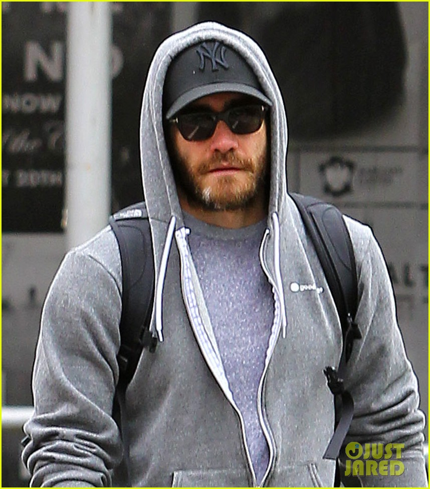 jake gyllenhaal steps out after into the woods casting news 01