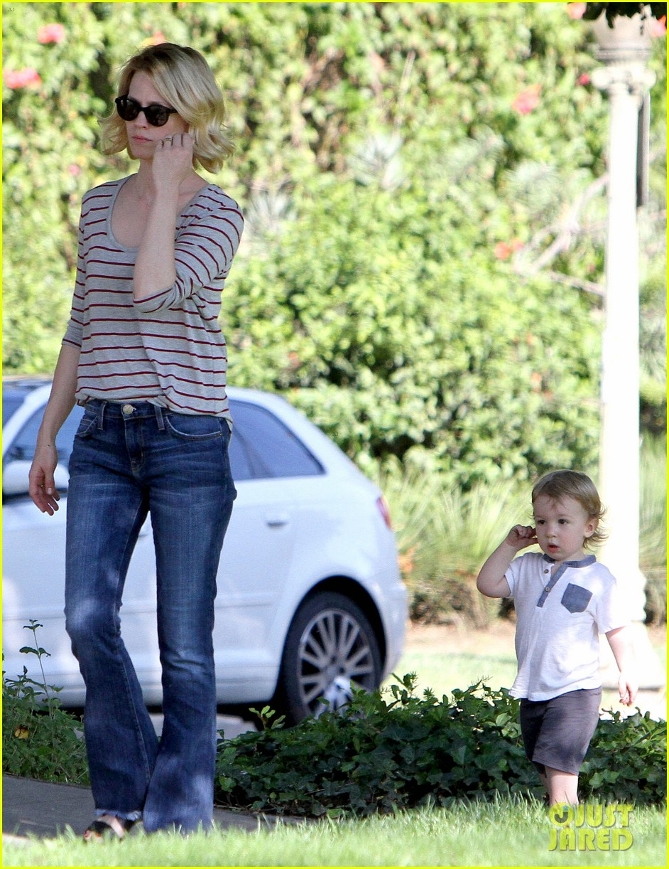 january jones xander walks in front of mommy 192869213
