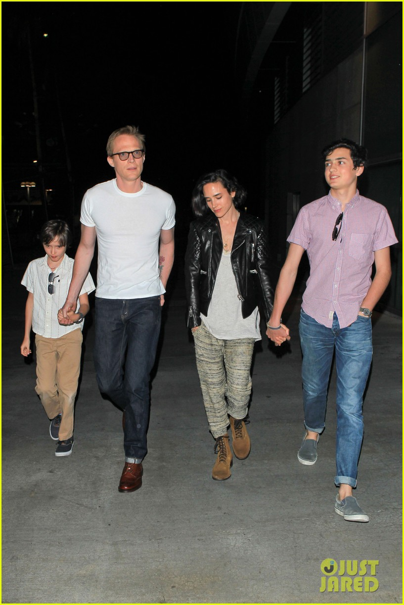 jennifer connelly paul bettany rolling stones concert with the kids 032864055
