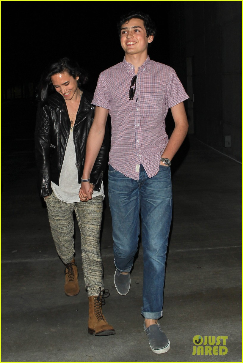 jennifer connelly paul bettany rolling stones concert with the kids 052864057