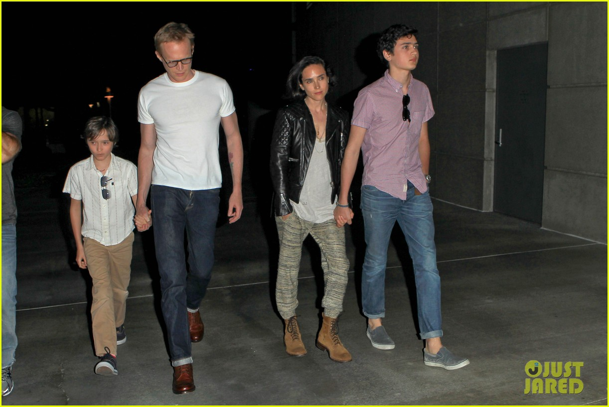 jennifer connelly paul bettany rolling stones concert with the kids 072864059