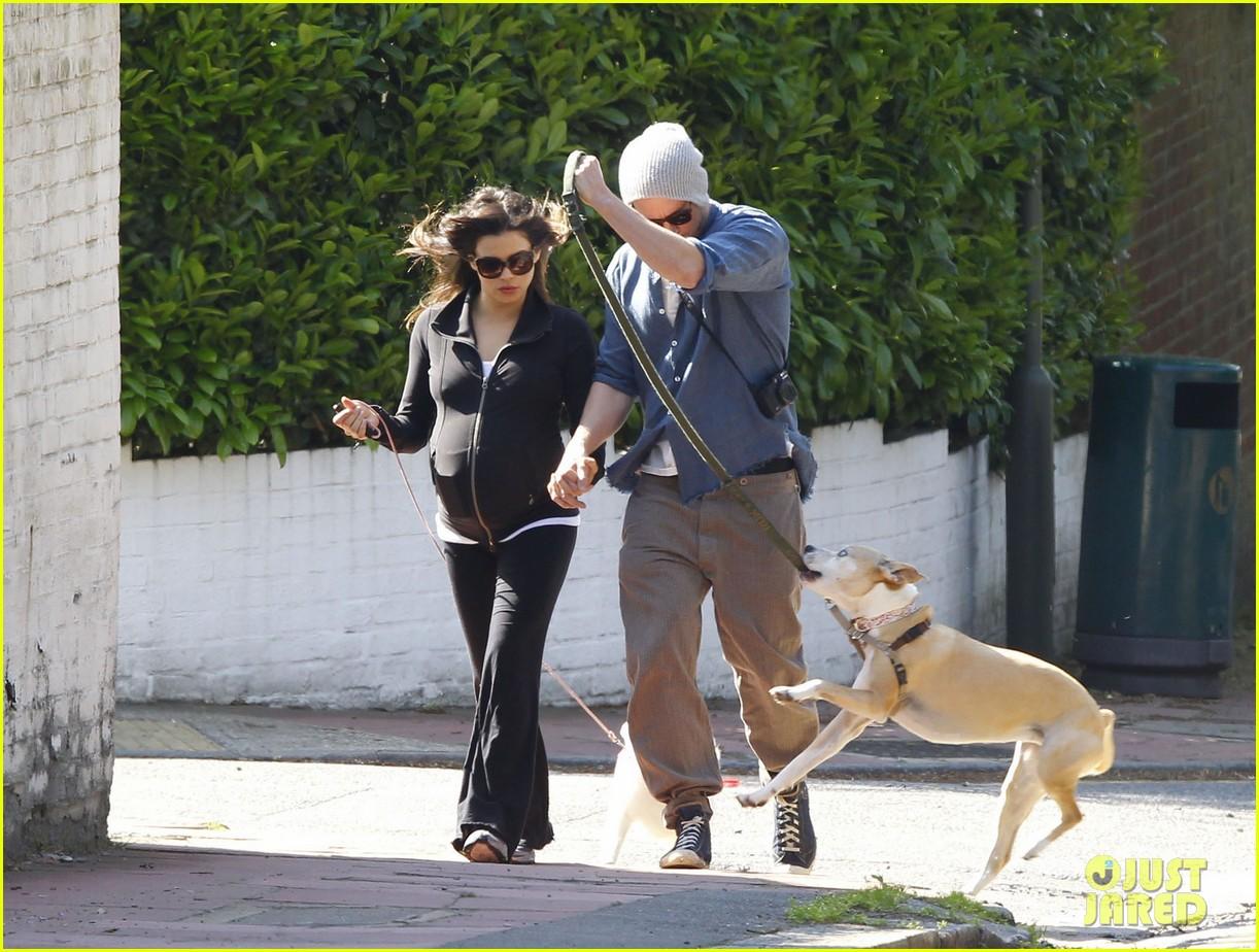 channing tatum jenna dewan take a dog walk following vet visit 102879109