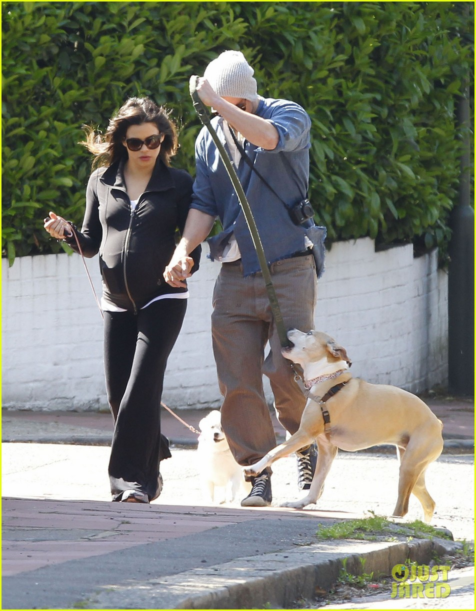channing tatum jenna dewan take a dog walk following vet visit 112879110
