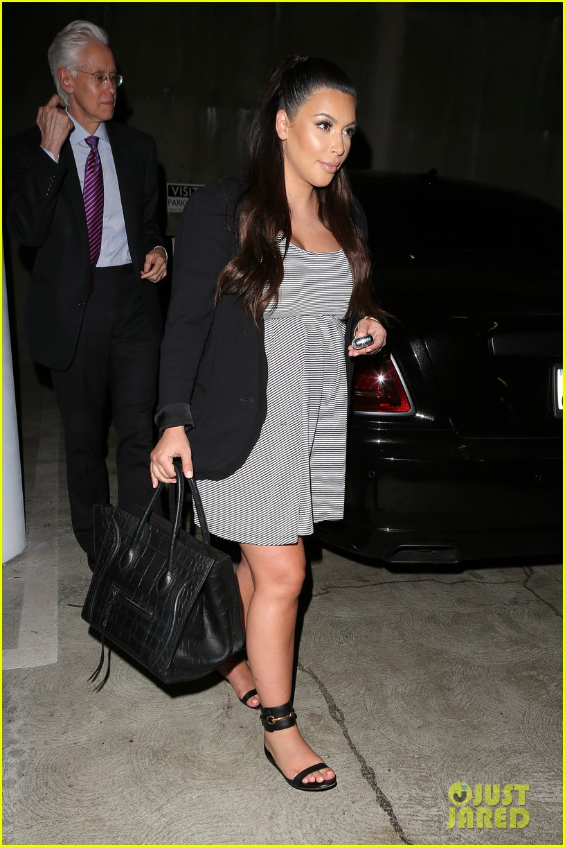 kim kardashian i forgot khloe is doing press in ny 162880132