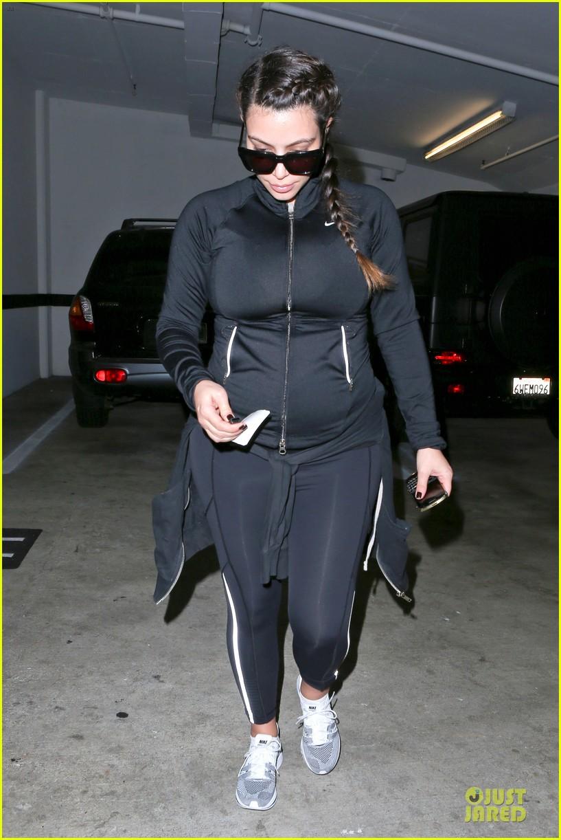 pregnant kim kardashian the great gatsby fan 112868577