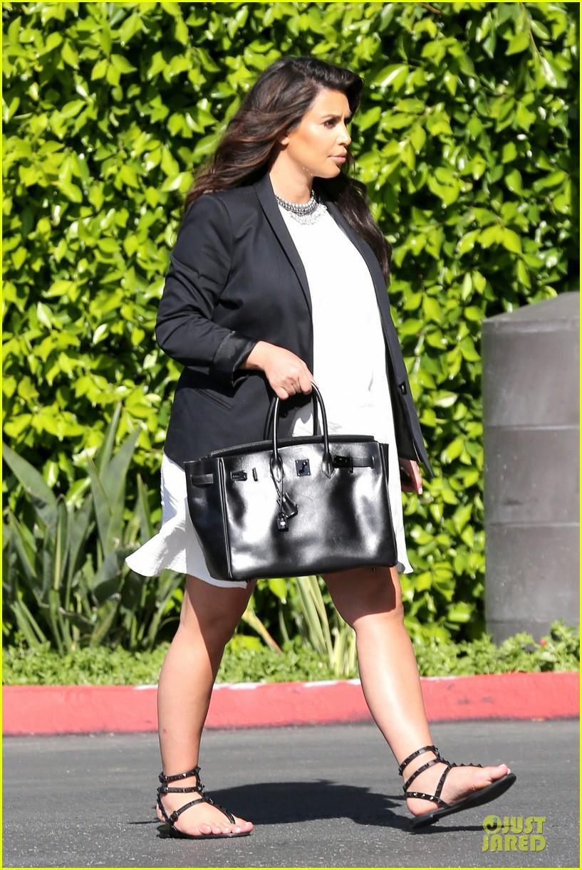 kim kardashian kanye west baby gender revealed on keeping up with the kardashians 222879709