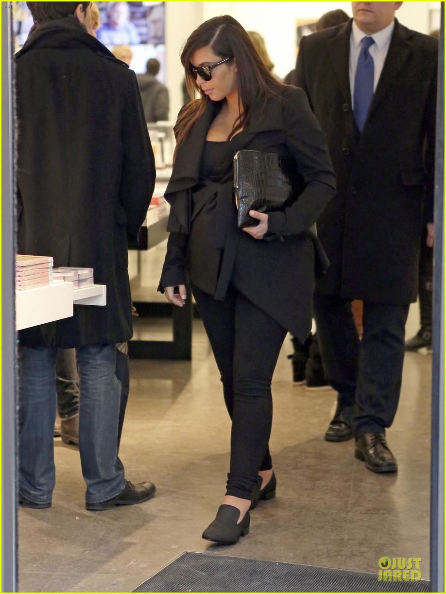 kim kardashian my pregnancy lips are outta control 102875738