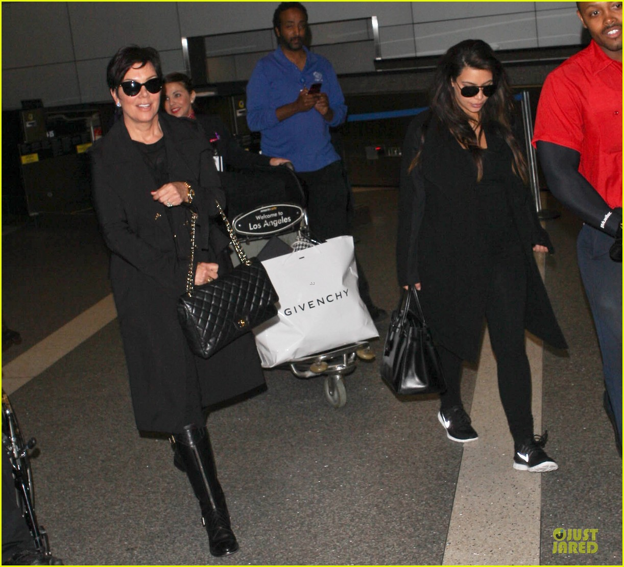 kim kardashian pregnancy weight is defended by sister khloe 062877066