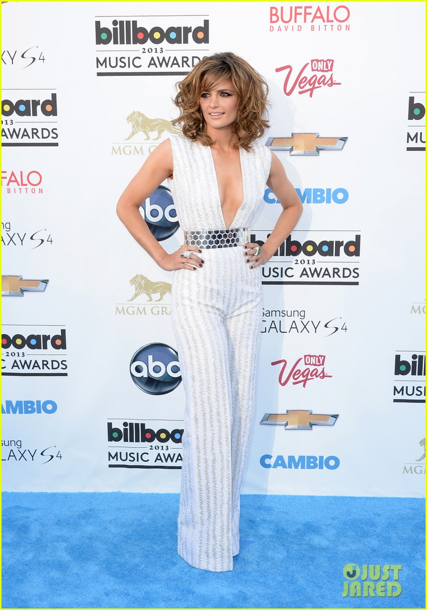 stana katic gabriel mann billboard music awards 2013 red carpet 052874095
