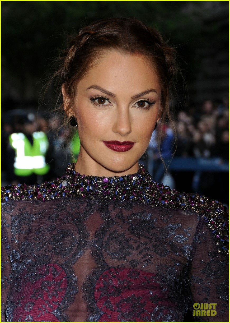 minka kelly met ball 2013 red carpet 07