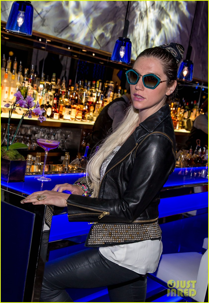 kesha thanks hakkasan for an amazing night 072869424