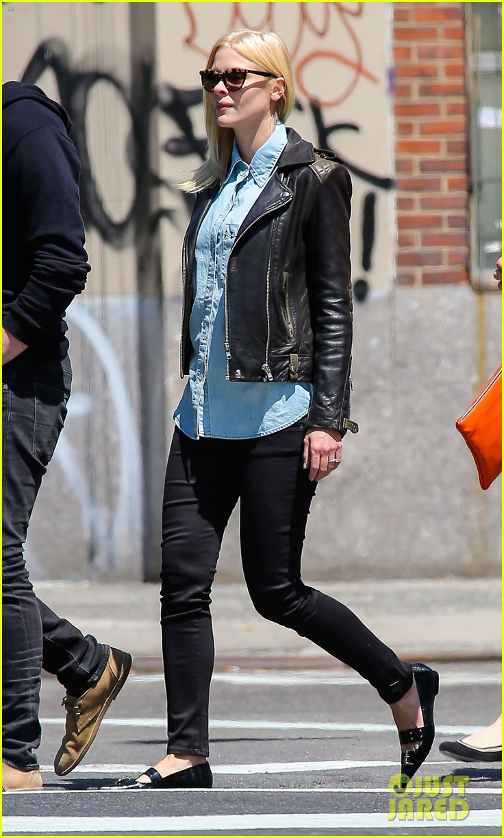 jaime king new york outing post pregnancy announcement 032864776