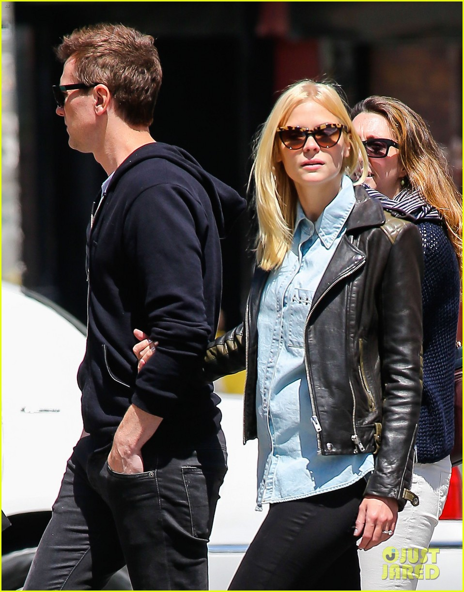jaime king new york outing post pregnancy announcement 042864777