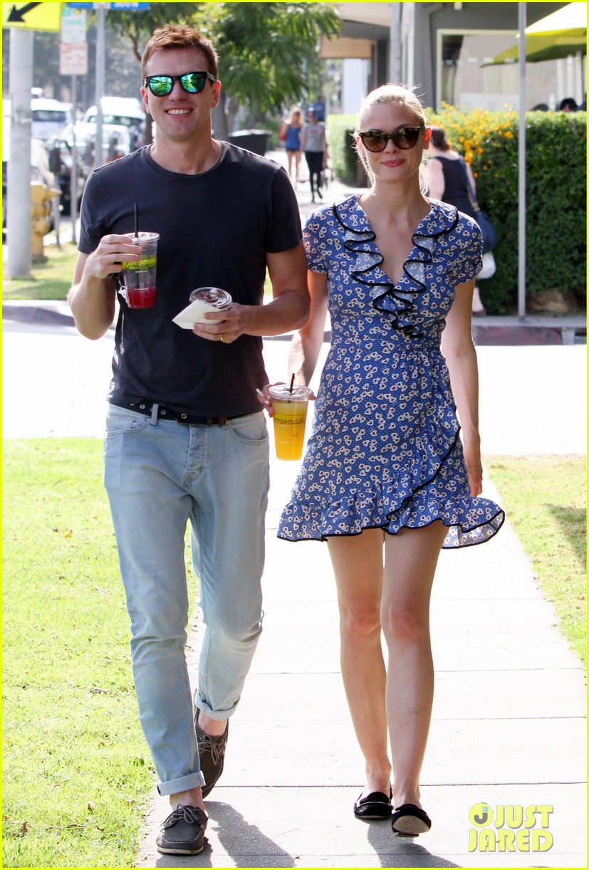 jaime king new york outing post pregnancy announcement 052864778