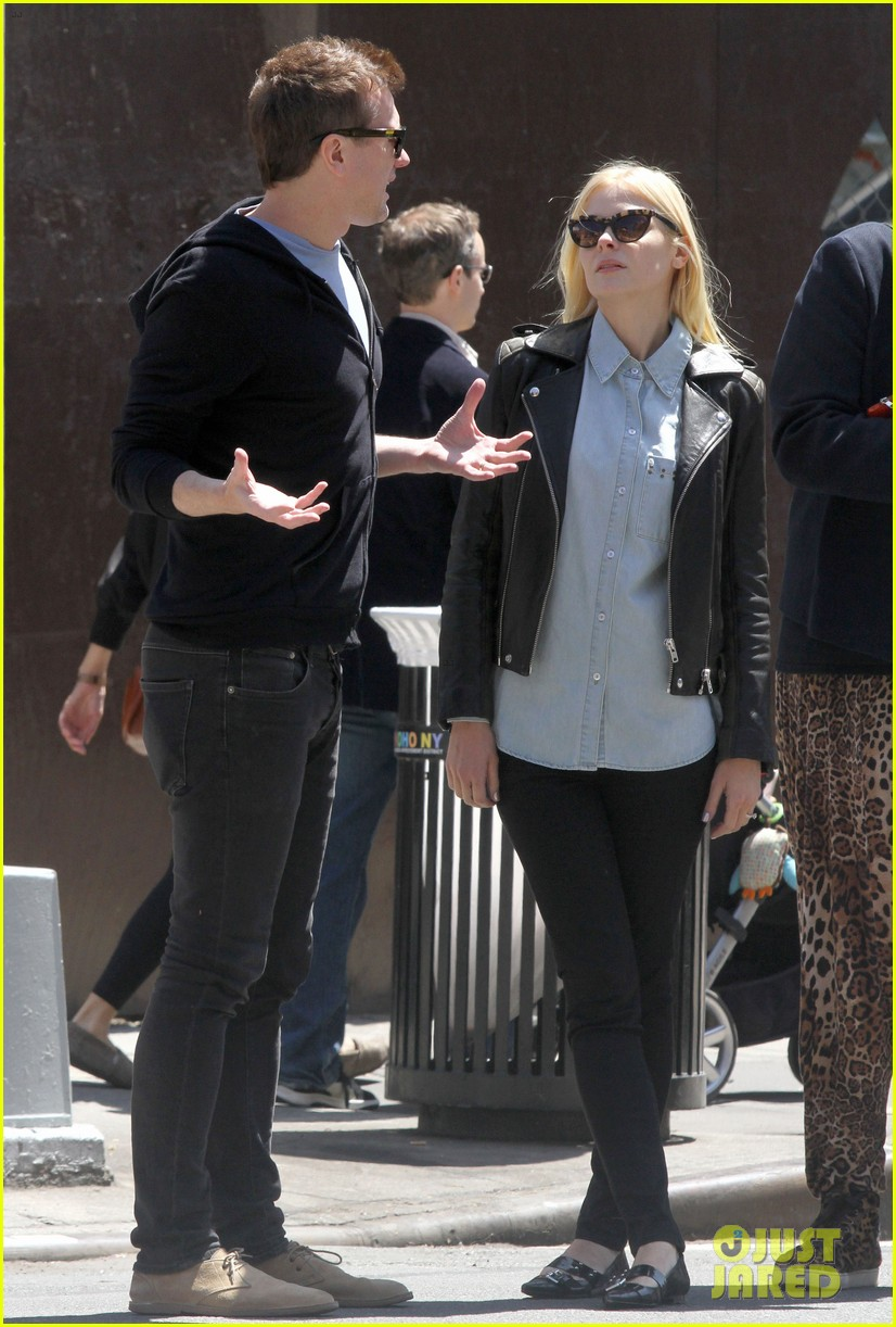 jaime king new york outing post pregnancy announcement 122864784