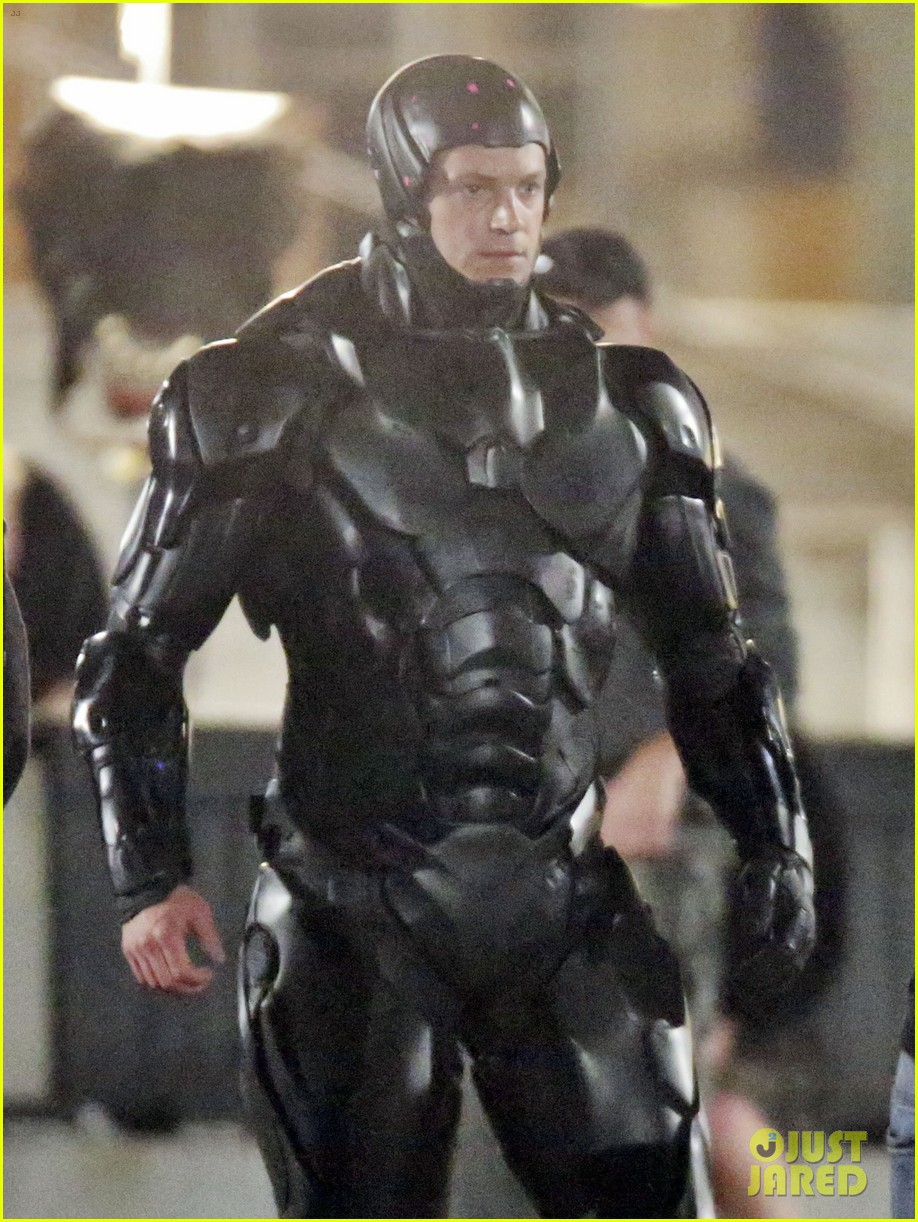joel kinnaman suits up for robocop reshoots 082868912