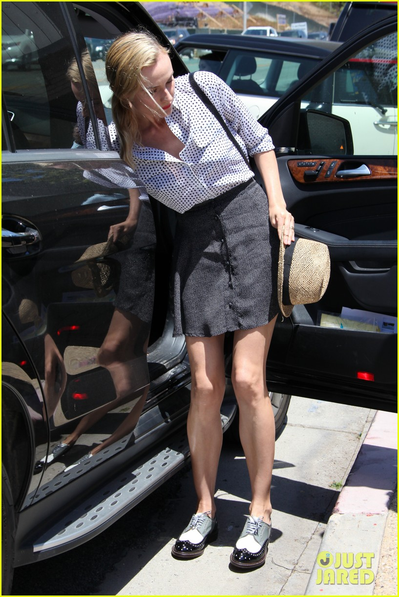 diane kruger joshua jackson joel silver memorial day party 14