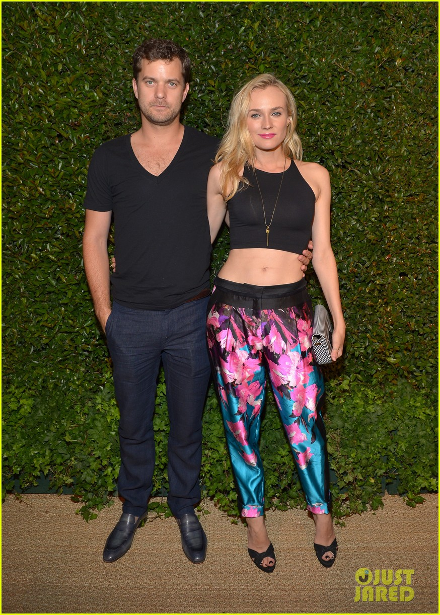 diane kruger joshua jackson vogue mac cosmetics dinner 01