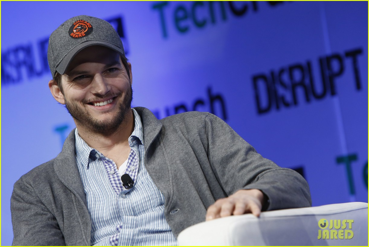 ashton kutcher techcrunch disrupt ny 112861908