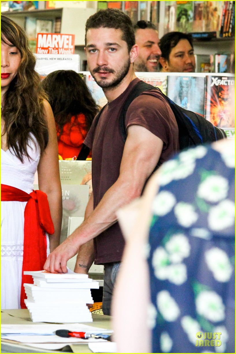 shia labeouf stale n mate book signing 022863601