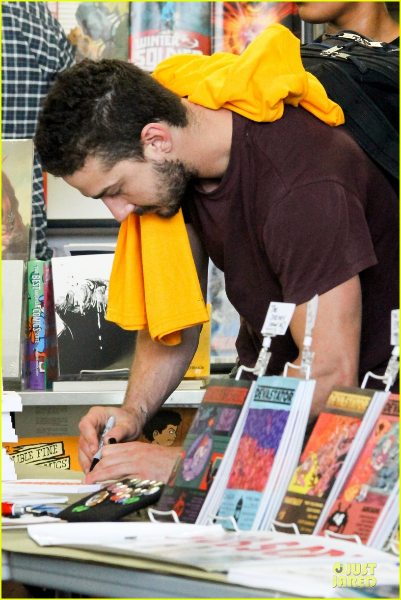 shia labeouf stale n mate book signing 032863602