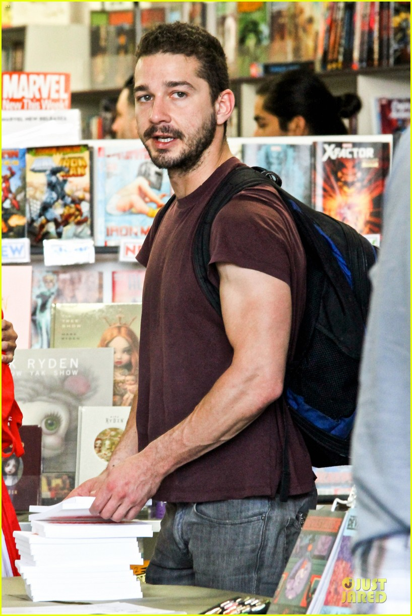 shia labeouf stale n mate book signing 102863609
