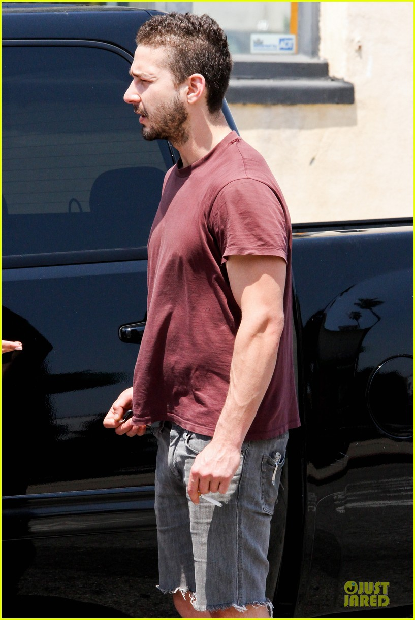 shia labeouf stale n mate book signing 142863613