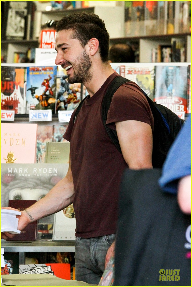 shia labeouf stale n mate book signing 152863614