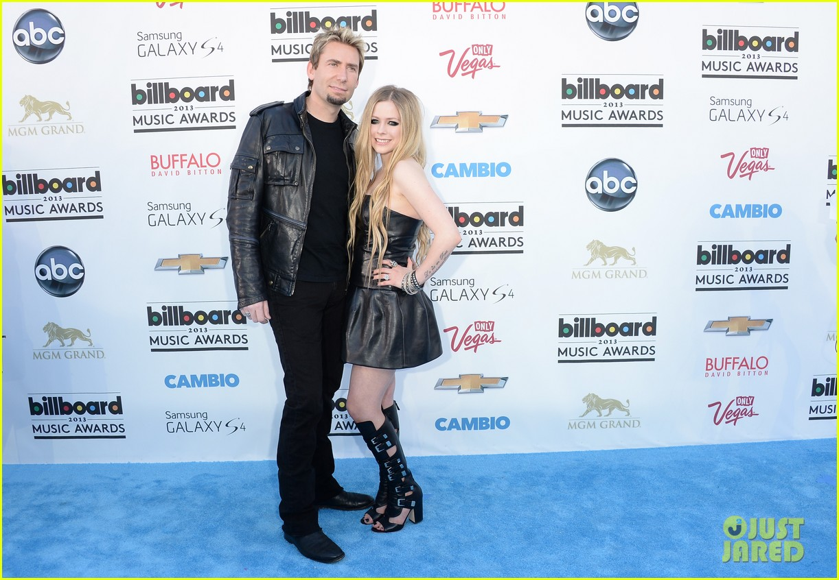 avril lavigne billboard music awards with chad kroeger 01