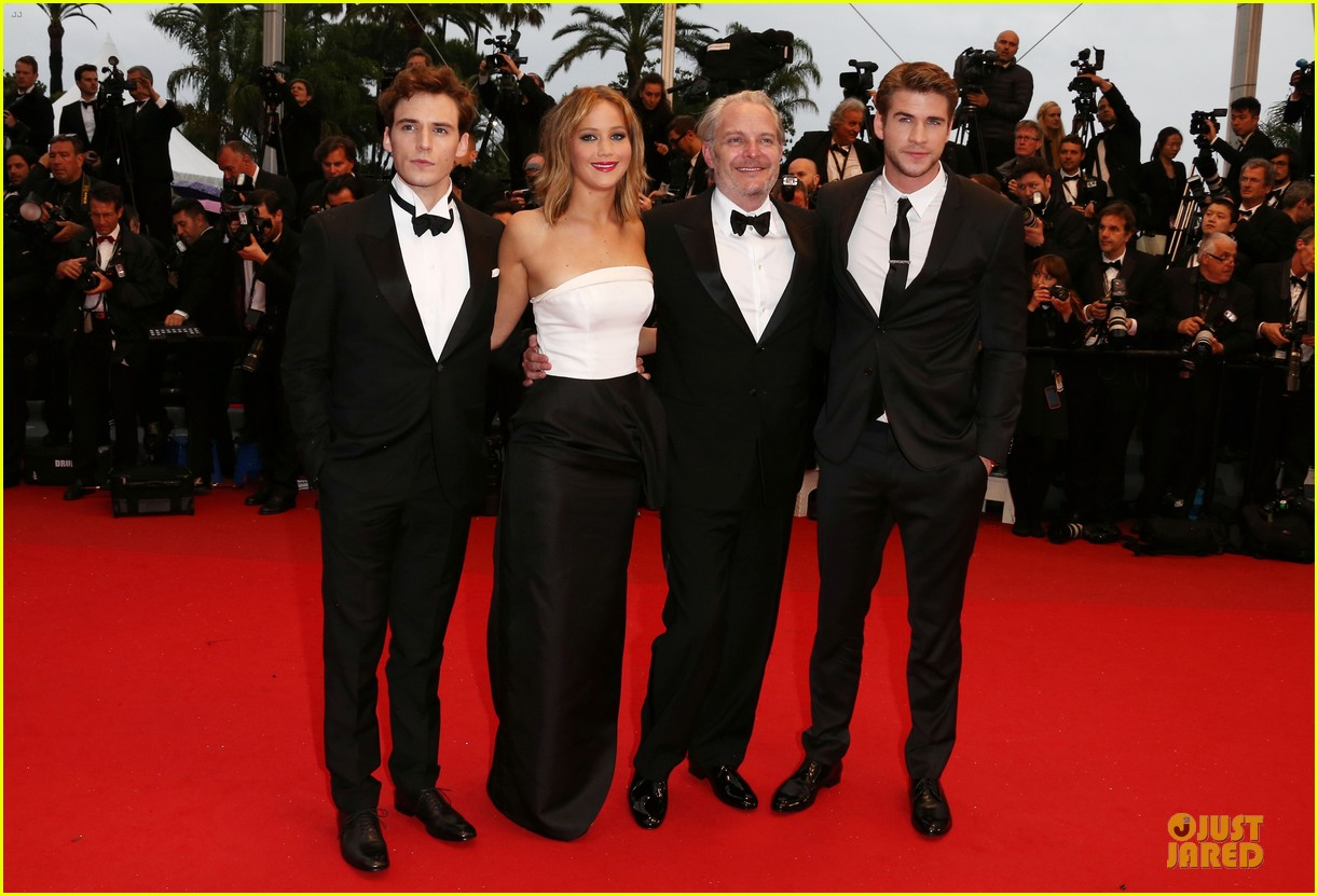 jennifer lawrence liam hemsworth jimmy p cannes premiere 03