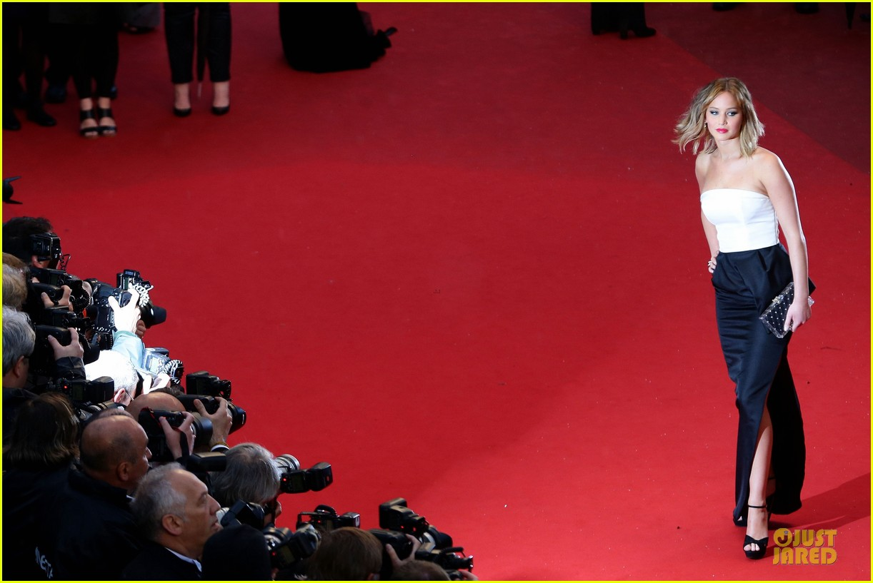 jennifer lawrence liam hemsworth jimmy p cannes premiere 102872841