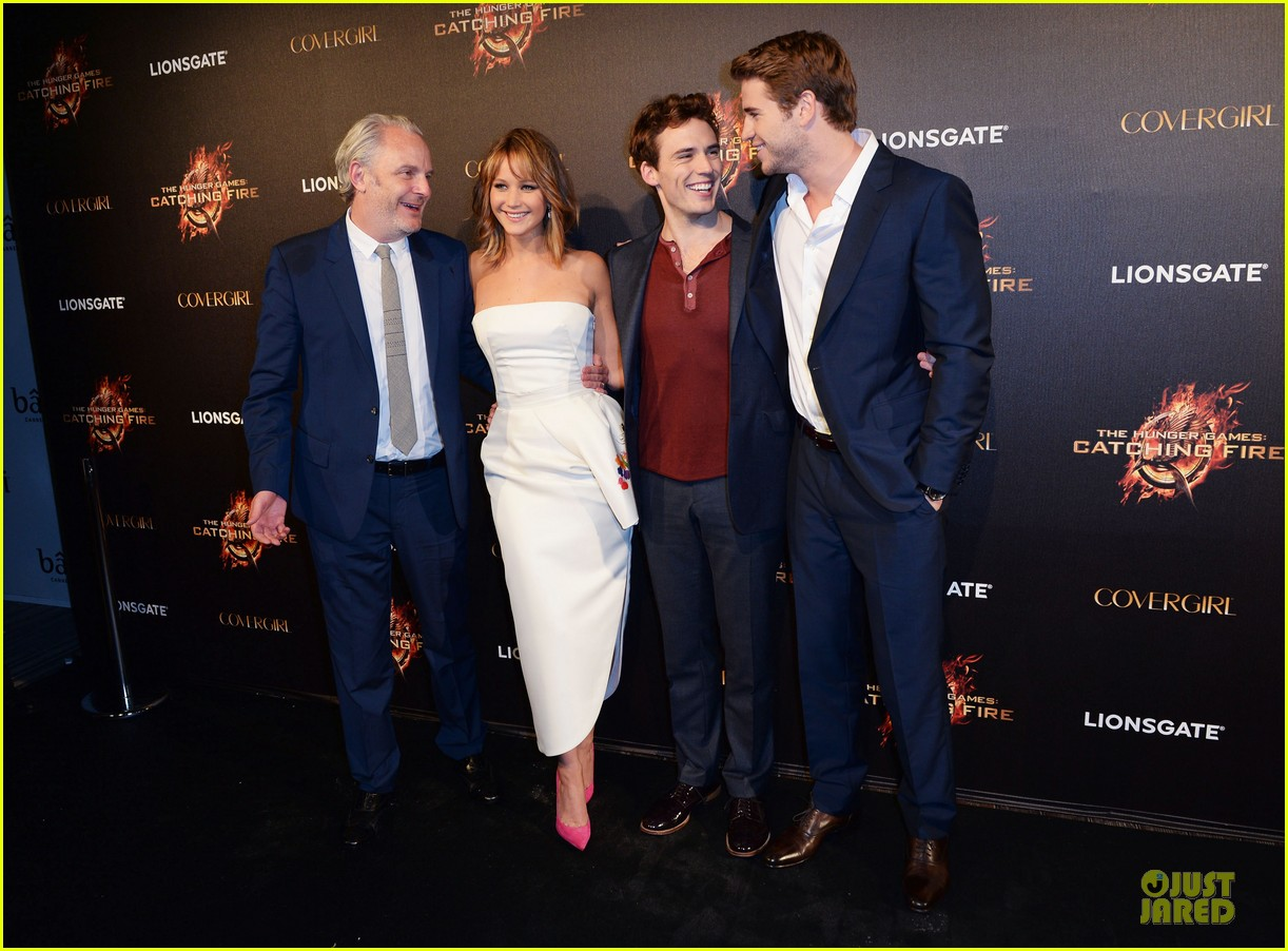 jennifer lawrence liam hemsworth catching fire cannes party 032873026
