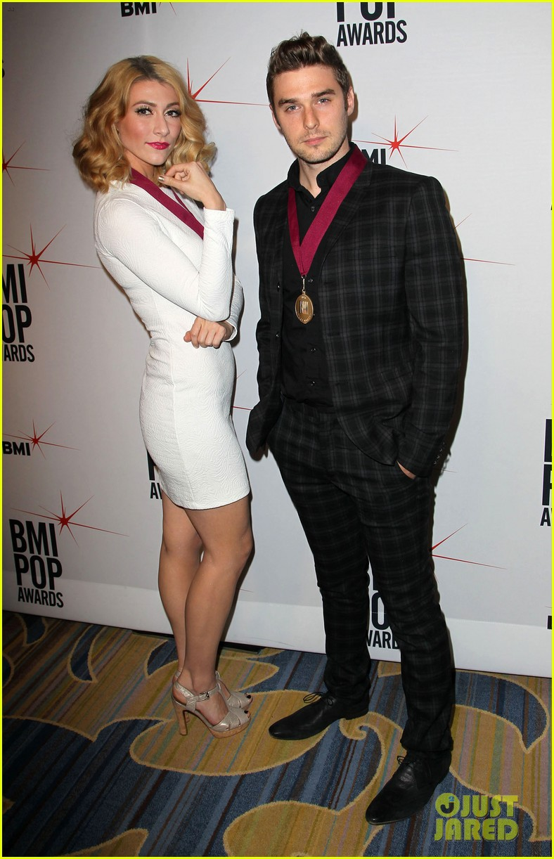 adam levine karmin 2013 bmi pop awards 022870661