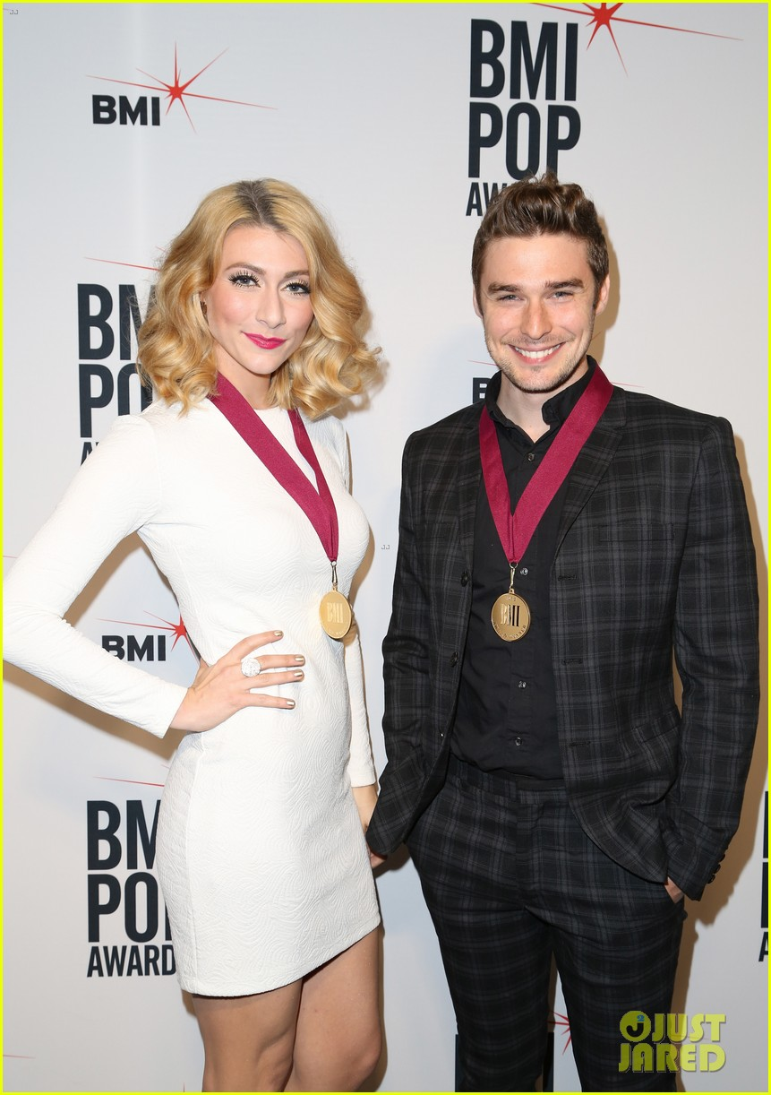 adam levine karmin 2013 bmi pop awards 252870684