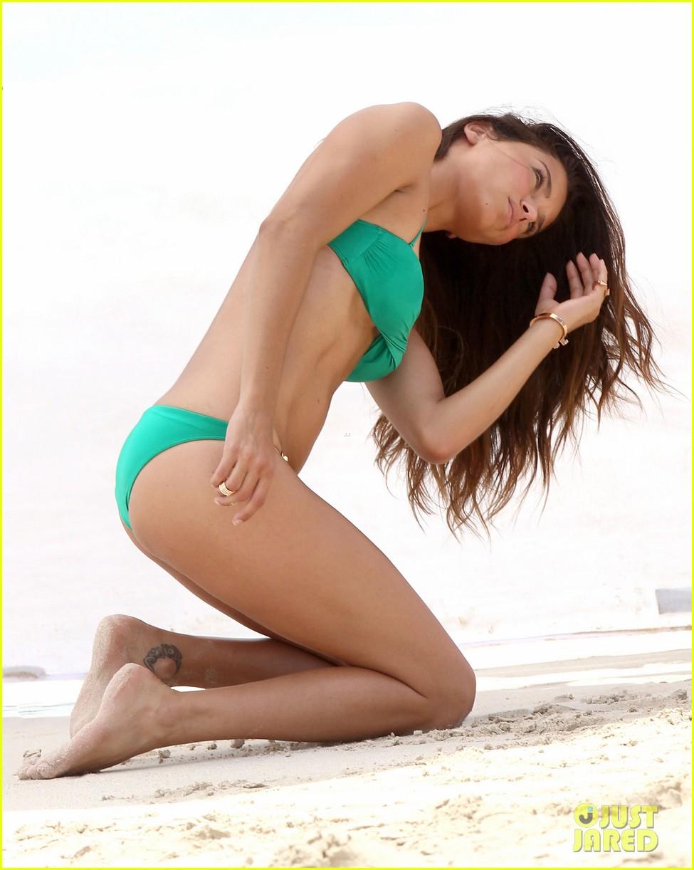 adriana lima bikini victorias secret photo shoot 032866590