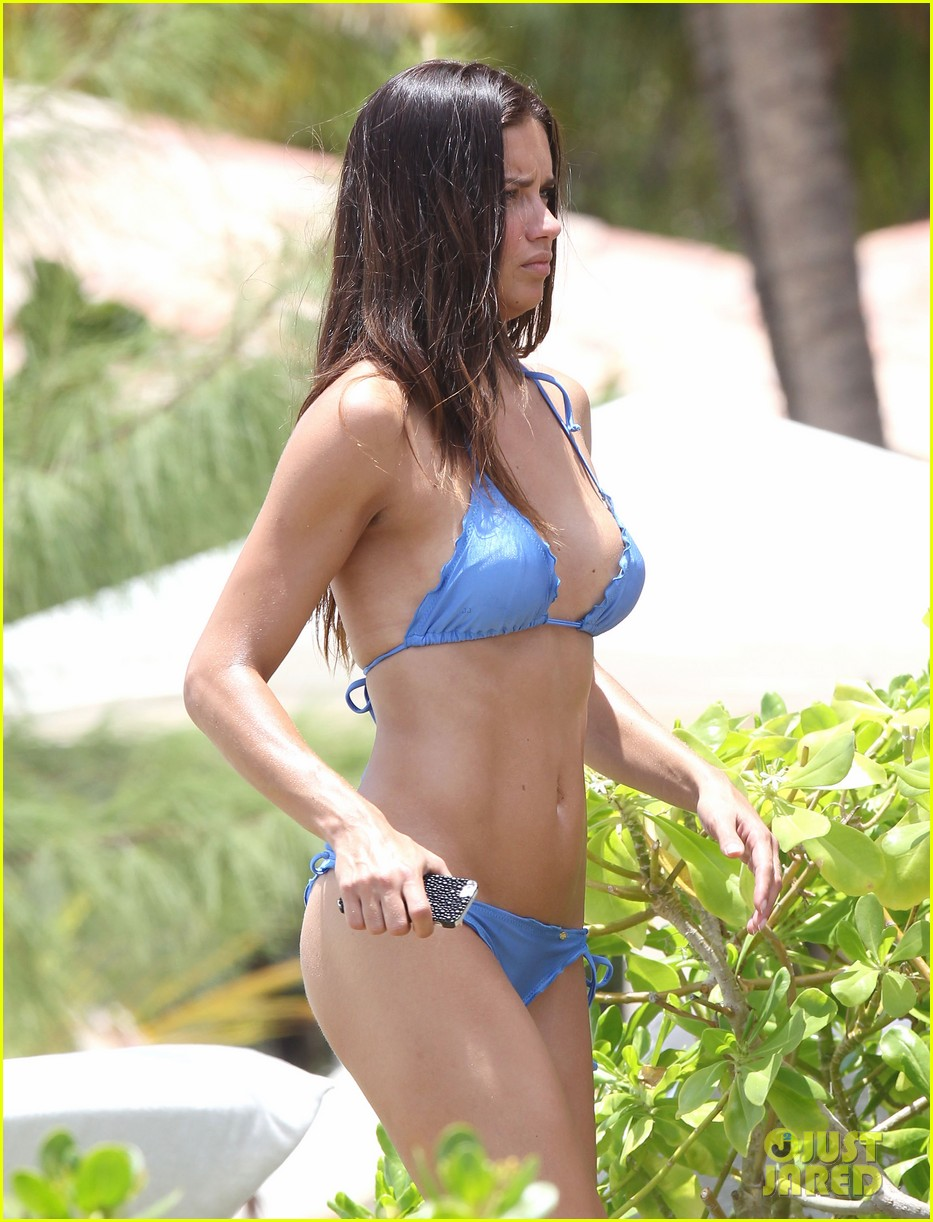 adriana lima bikini victorias secret photo shoot 042866591