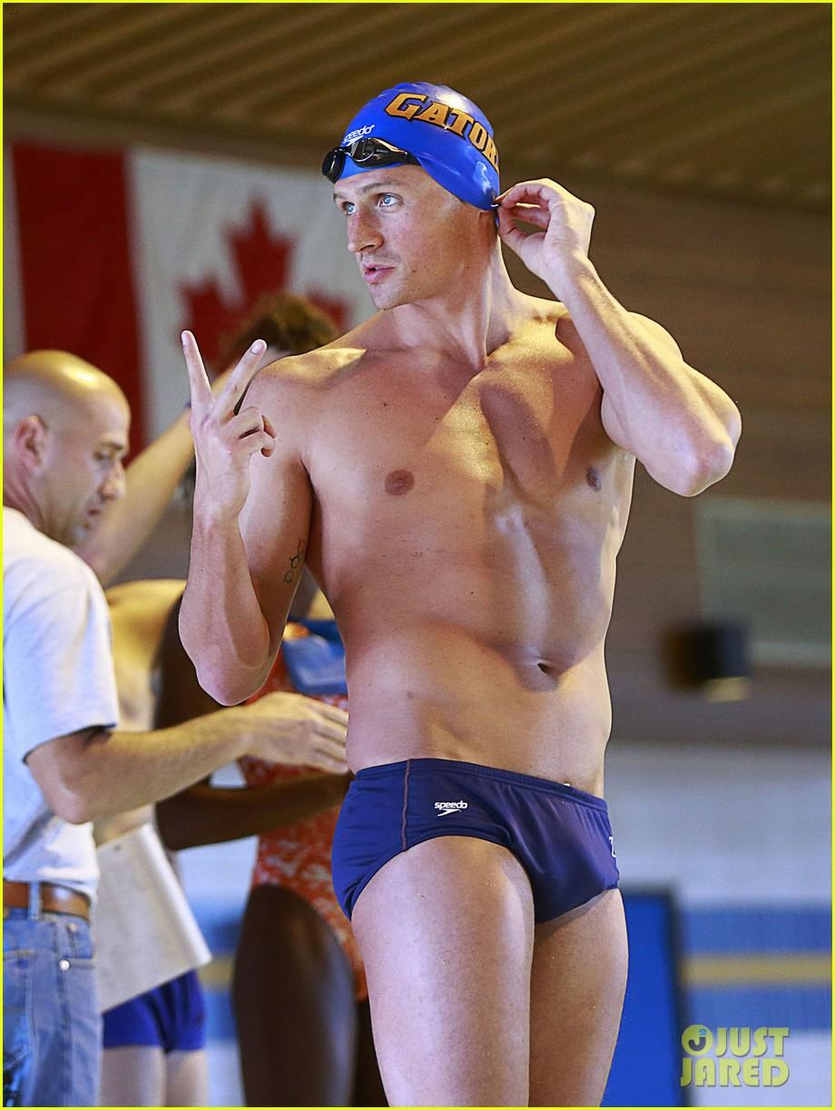 ryan lochte shirtless speedo workout in vancouver 022877727