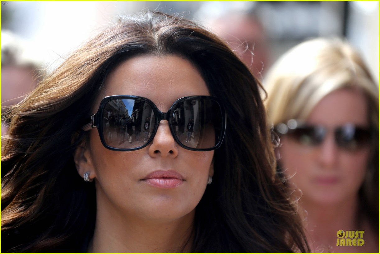 eva longoria cannes global gift gala 212874302