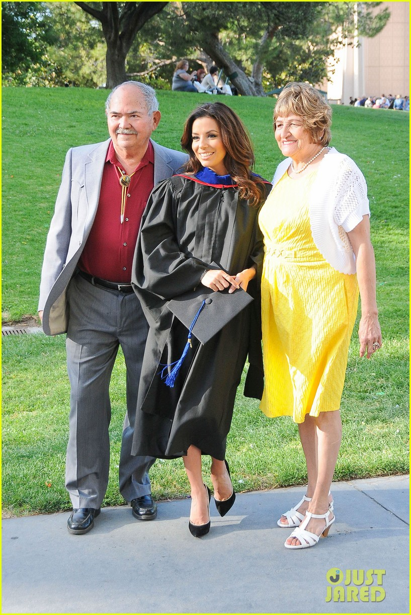 eva longoria graduates with a masters degree from csu 05