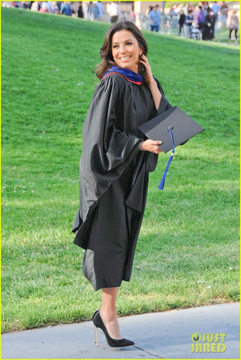 eva longoria graduates with a masters degree from csu 182876547