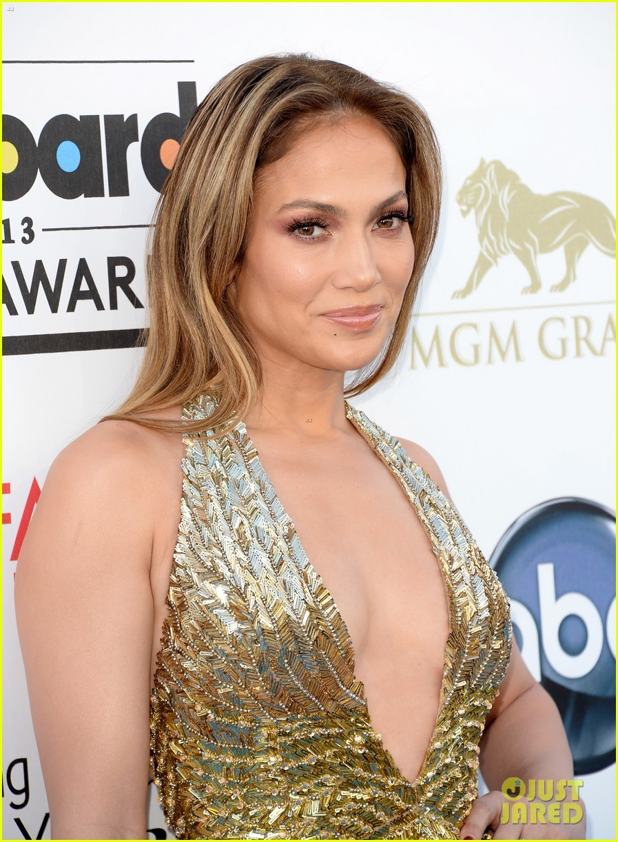 jennifer lopez billboard music awards 2013 with casper smart 022873998