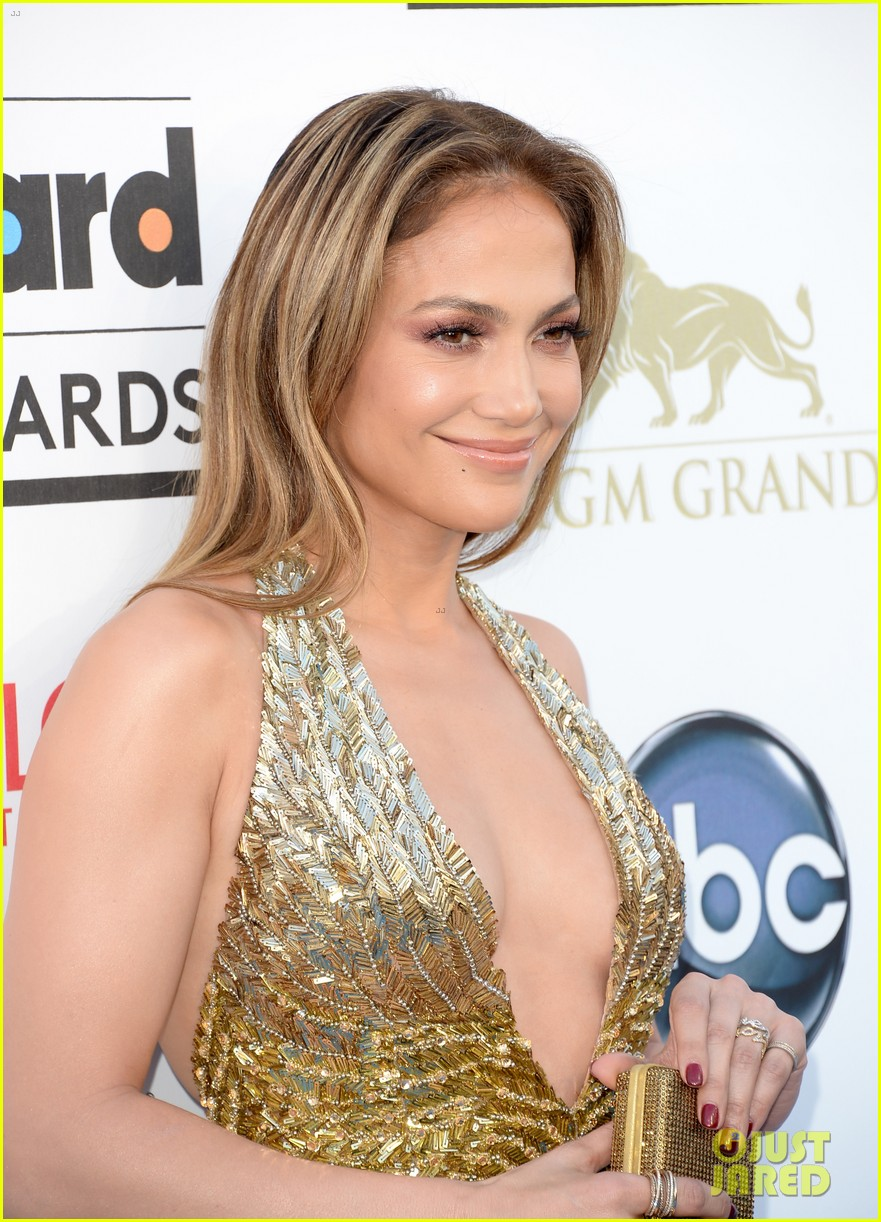 jennifer lopez billboard music awards 2013 with casper smart 092874005