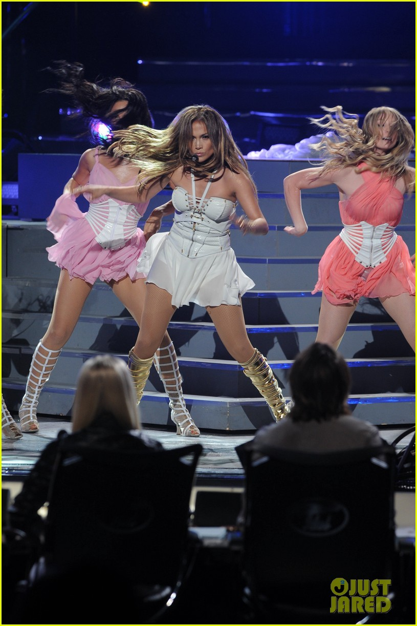 jennifer lopez american idol finale performance video 052872042