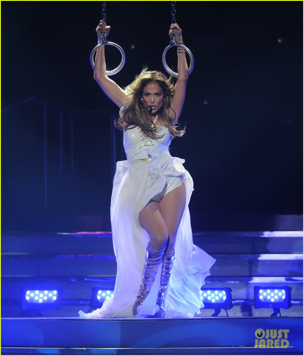 jennifer lopez american idol finale performance video 092872046