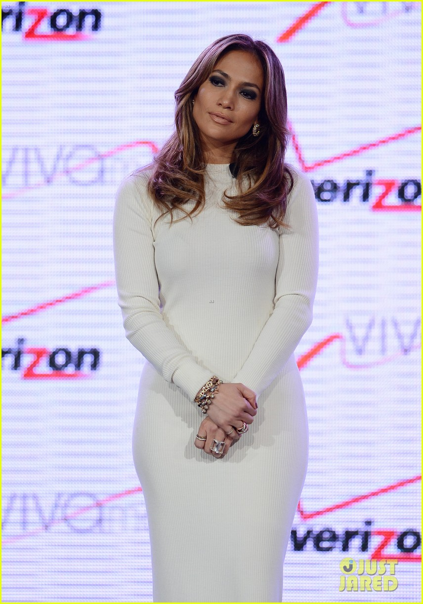 jennifer lopez verizon viva movil press conference 162876341